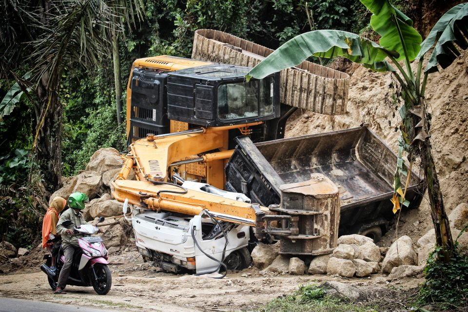 What sort of claims are covered by Public Liability Insurance | FD Beck